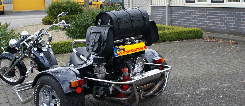 Fully Dressed Trike By motortassenwinkel